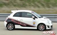 """Con sus 135 CV de potencia y la """"patada"""" de la sobrealimentación, el Abarth 500 resulta un coche idóneo para disfrutar al volante y poner en práctica las técnicas que nos enseñan en el Rally Center by Abarth."""