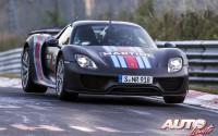 El Porsche 918 Spyder se presenta con récord
