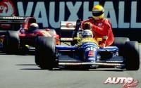 En el GP de Gran Bretaña de 1991 tan solo pasaron bajo la bandera de cuadros los tres integrantes del podio, Nigel Mansell (Williams-Renault), Gerhard Berger (McLaren-Honda) y Alain Prost (Ferrari). Durante la vuelta de refrigeración, Mansell subió a su Williams FW14 al brasileño Ayrton Senna, que se clasificó en cuarta posición a pesar de que su McLaren-Honda se quedó sin combustible en medio del trazado de Silverstone a una vuelta del final.