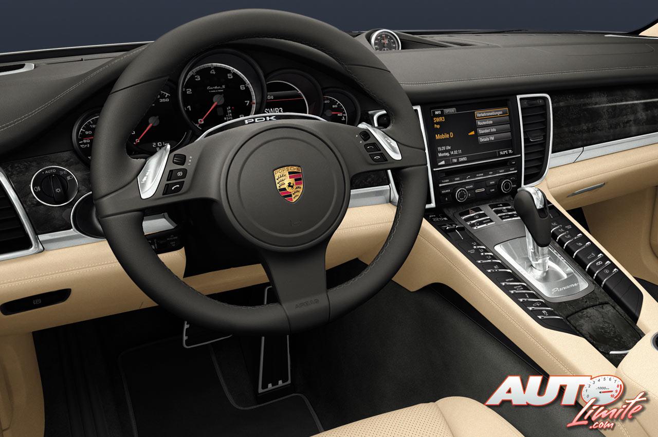 Porsche Panamera Turbo S Interior 02