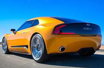 02_Kia-GT4-Stinger-Concept