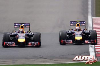 02_Sebastian-Vettel_Daniel-Ricciardo_GP-China-2014