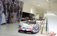 10_Museo-Porsche_Porsche-911-GT1-LM_1998