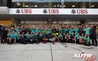 11_Team-Mercedes-GP-F1_GP-China-2014