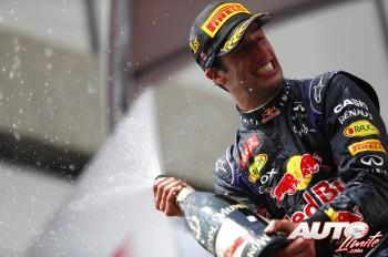 01_Daniel-Ricciardo_GP-Canada-2014
