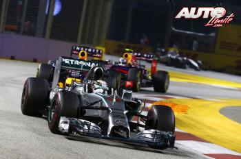 01_Lewis-Hamilton_GP-Singapur-2014