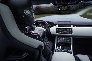 03_Land-Rover-Range-Rover-Sport-SVR