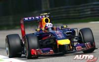 06_Daniel-Ricciardo_Red-Bull_GP-Italia-2014