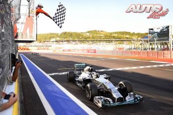 01_Lewis-Hamilton_GP-Rusia-2014