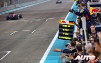 17_Sebastian-Vettel_GP-Abu-Dhabi-2014