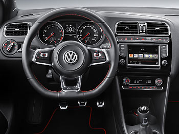 03_Volkswagen-Polo-GTI-2015