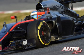 01_Fernando-Alonso_McLaren_Test-Montmelo-2015