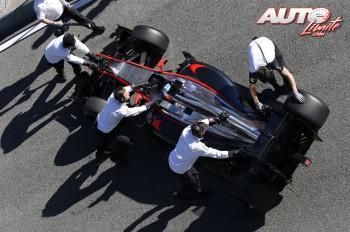 05_Fernando-Alonso_Test-Jerez-2015