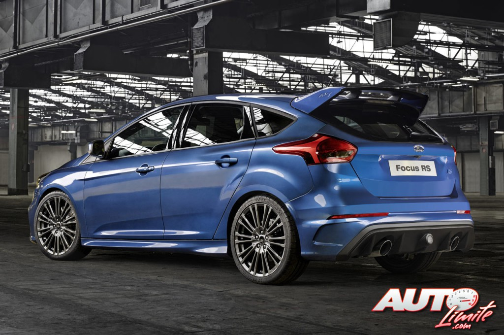 Ford-Focus-RS-III_02