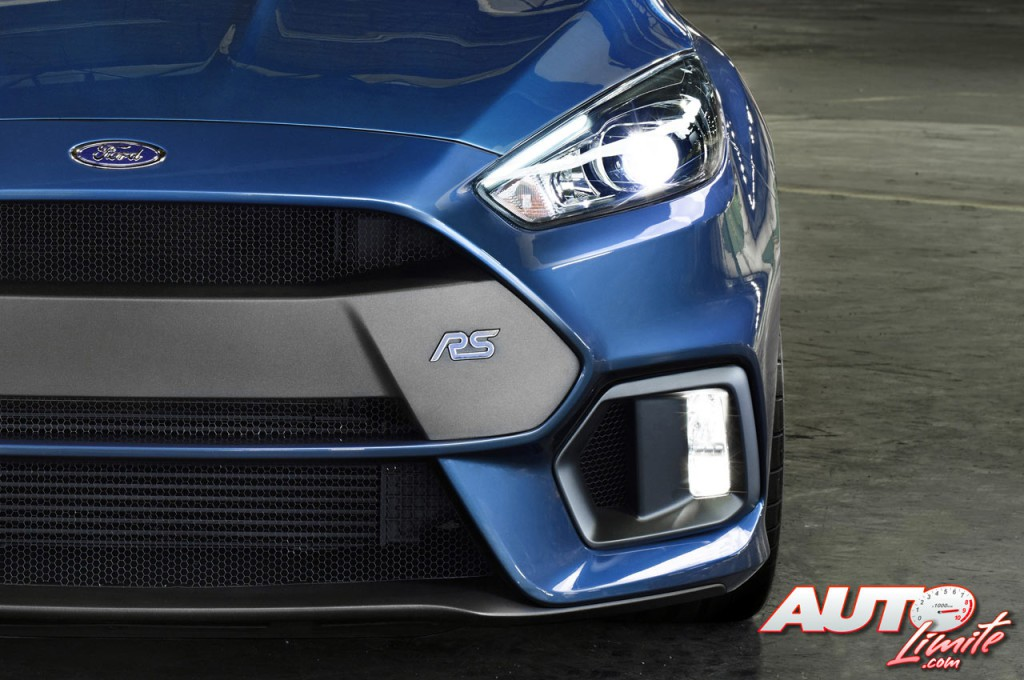 Ford-Focus-RS-III_07