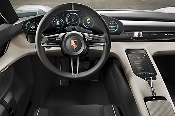 03_Porsche-Mission-E-Concept