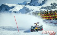 03_Red-Bull-F1-sobre-la-nieve