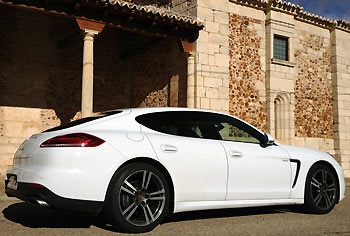 15_Porsche-Panamera-Diesel_prueba