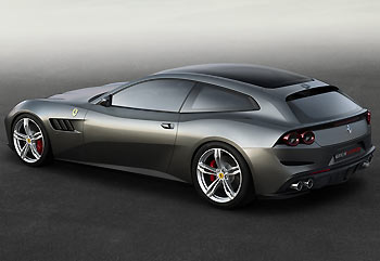 02_Ferrari-GTC4Lusso