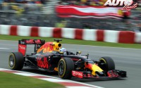 09_Daniel-Ricciardo_GP-Canada-2016