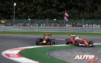 13_Max-Verstappen_Kimi-Raikkonen_GP-Belgica-2016