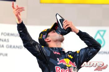 01_Daniel-Ricciardo_GP-Malasia-2016