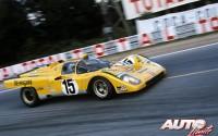 Ferrari 512 M pilotado por José Juncadella y Nino Vaccarella durante las 24 Horas de Le Mans de 1971.