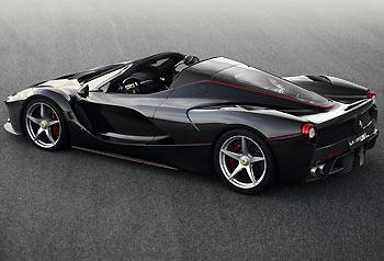 02_Ferrari-LaFerrari-Aperta