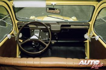 05_La-guerra-de-los-botones_Citroen-2cv-Special_1979