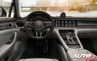 11_La-guerra-de-los-botones_Porsche-Panamera_2016