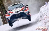 Juho Hänninen, al volante del Toyota Yaris WRC, durante el Rallye de Suecia 2017, puntuable para el Campeonato del Mundo de Rallyes WRC.