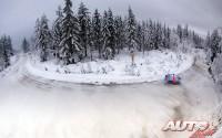 Hayden Paddon, al volante del Hyundai i20 Coupé WRC, durante el Rallye de Suecia 2017, puntuable para el Campeonato del Mundo de Rallyes WRC.