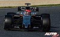 Esteban Ocon, al volante del Force India-Mercedes VJM10, durante los entrenamientos de pretemporada disputados en el Circuito de Montmeló.