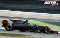 Kevin Magnussen, al volante del Haas-Ferrari VF-17, durante los entrenamientos de pretemporada disputados en el Circuito de Montmeló.