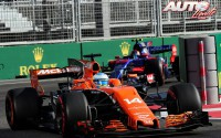 12_Fernando-Alonso_McLaren_GP-Azerbaiyan-2017