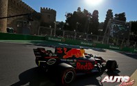 15_Daniel-Ricciardo_Red-Bull_GP-Azerbaiyan-2017