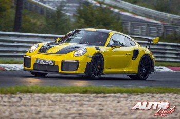 01_Porsche-911-GT2-RS_Record-Nurburgring-2017