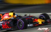 09_Daniel-Ricciardo_Red-Bull_GP-Singapur-2017
