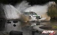 Pontus Tidemand, al volante del Skoda Fabia R5 WRC2, durante el Rally de Argentina 2018, puntuable para el Campeonato del Mundo de Rallies WRC2.