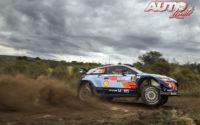 Thierry Neuville, al volante del Hyundai i20 Coupé WRC, durante el Rally de Argentina 2018, puntuable para el Campeonato del Mundo de Rallies WRC.