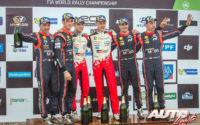 Podio del Rally de Argentina 2018, puntuable para el Campeonato del Mundo de Rallies 2018. De izquierda a derecha: Nicolas Gilsoul y Thierry Neuville (Hyundai), Martin Järveoja con Ott Tänak (Toyota) y Dani Sordo junto a Carlos del Barrio (Hyundai).
