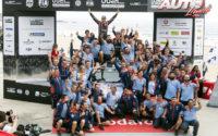 Thierry Neuville y el equipo Hyundai Motorsport, celebrando la victoria en el Rally de Portugal 2018, puntuable para el Campeonato del Mundo de Rallies WRC.