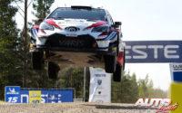 Ott Tänak, al volante del Toyota Yaris WRC, ganador del Rally de Finlandia 2018, puntuable para el Campeonato del Mundo de Rallies WRC.