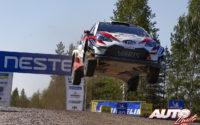 Jari-Matti Latvala, al volante del Toyota Yaris WRC, durante el Rally de Finlandia 2018, puntuable para el Campeonato del Mundo de Rallies WRC.