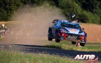 Thierry Neuville, al volante del Hyundai i20 Coupé WRC, durante el Rally de Alemania 2018, puntuable para el Campeonato del Mundo de Rallies WRC.