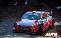 Andreas Mikkelsen, al volante del Hyundai i20 Coupé WRC, durante el Rally de Montecarlo 2019, puntuable para el Campeonato del Mundo de Rallies WRC.