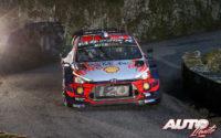 Sébastien Loeb, al volante del Hyundai i20 Coupé WRC, durante el Rally de Francia - Tour de Corse 2019, puntuable para el Campeonato del Mundo de Rallies WRC.