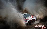 Kris Meeke, al volante del Toyota Yaris WRC, durante el Rally de Argentina 2019, puntuable para el Campeonato del Mundo de Rallies WRC.