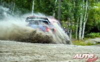 Craig Breen, al volante del Hyundai i20 Coupé WRC, durante el Rally de Finlandia 2019, puntuable para el Campeonato del Mundo de Rallies WRC.