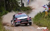 Nikolay Gryazin, al volante del Skoda Fabia R5 WRC2, durante el Rally de Finlandia 2019, puntuable para el Campeonato del Mundo de Rallies WRC2.